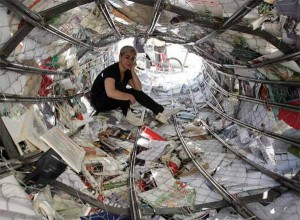 inside-alicia-martin-streaming-book-installation